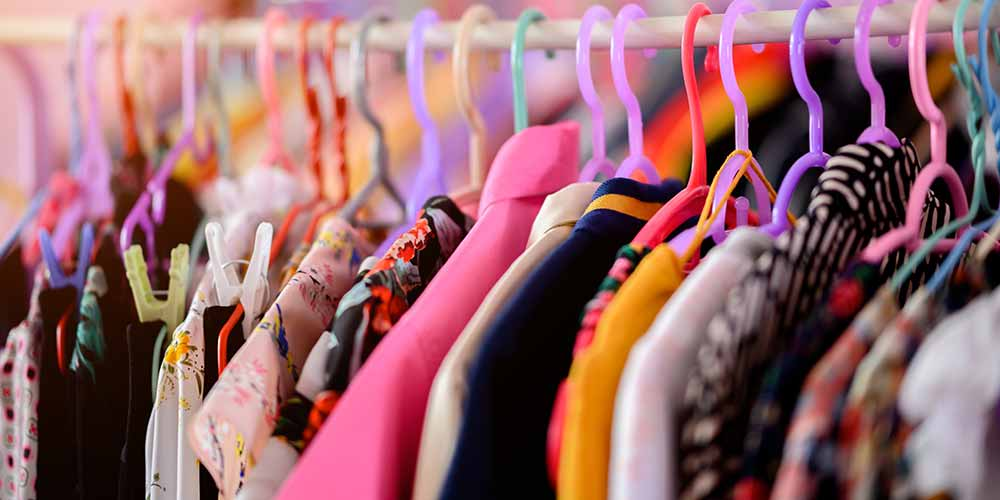 Colour of clothes to wear according to days