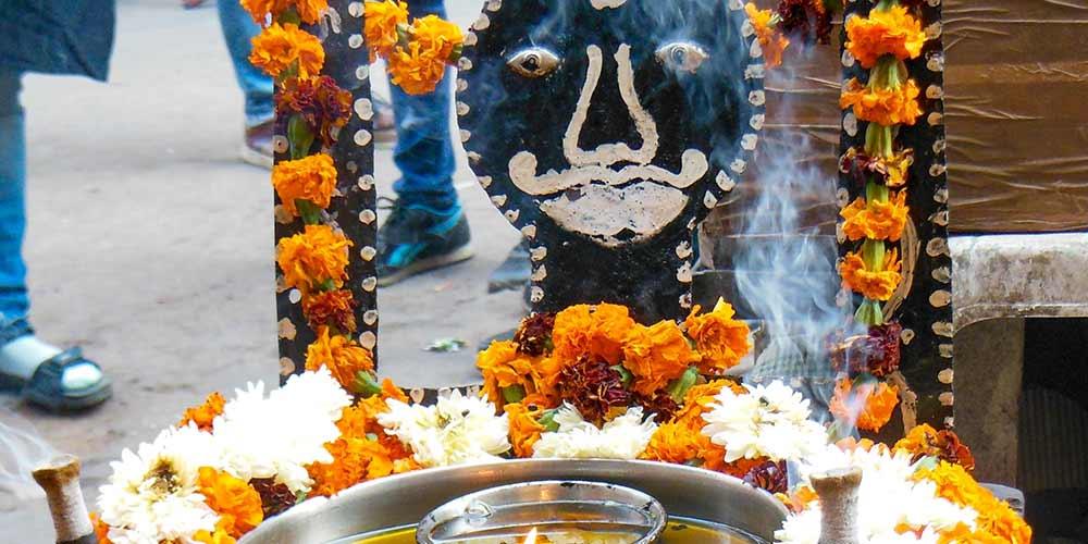 Shani Dev Ke Ashubh Prabhav and Kudrashti Se Bachne Ke Upay